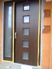 tak už aj vchodové dvere...srdce domu...