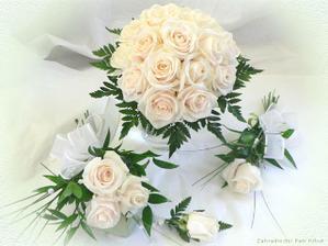 maminky budou mít tři bílé růže..