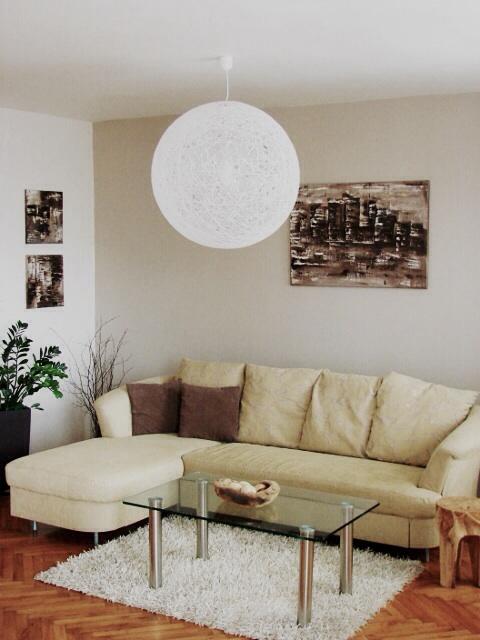 Mé obrazy v interiérech - Obrázek č. 3
