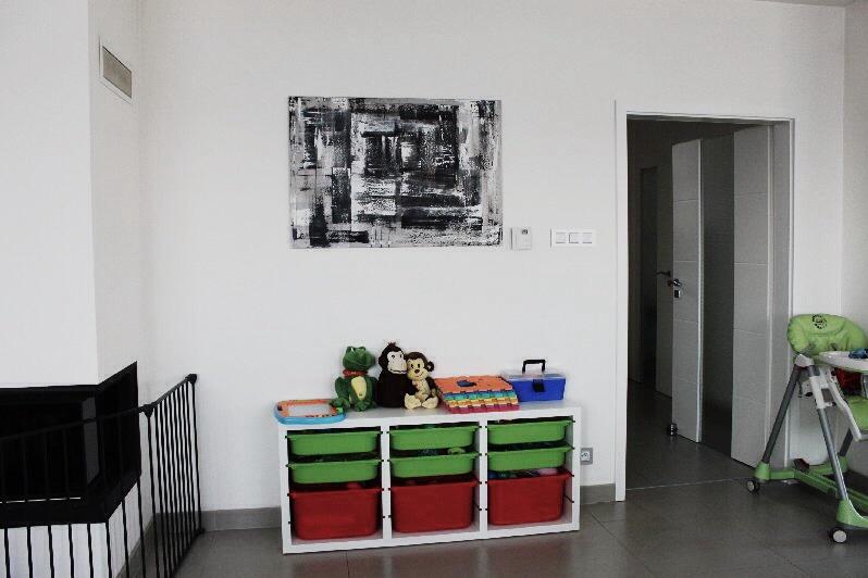 Mé obrazy v interiérech - Obrázek č. 17
