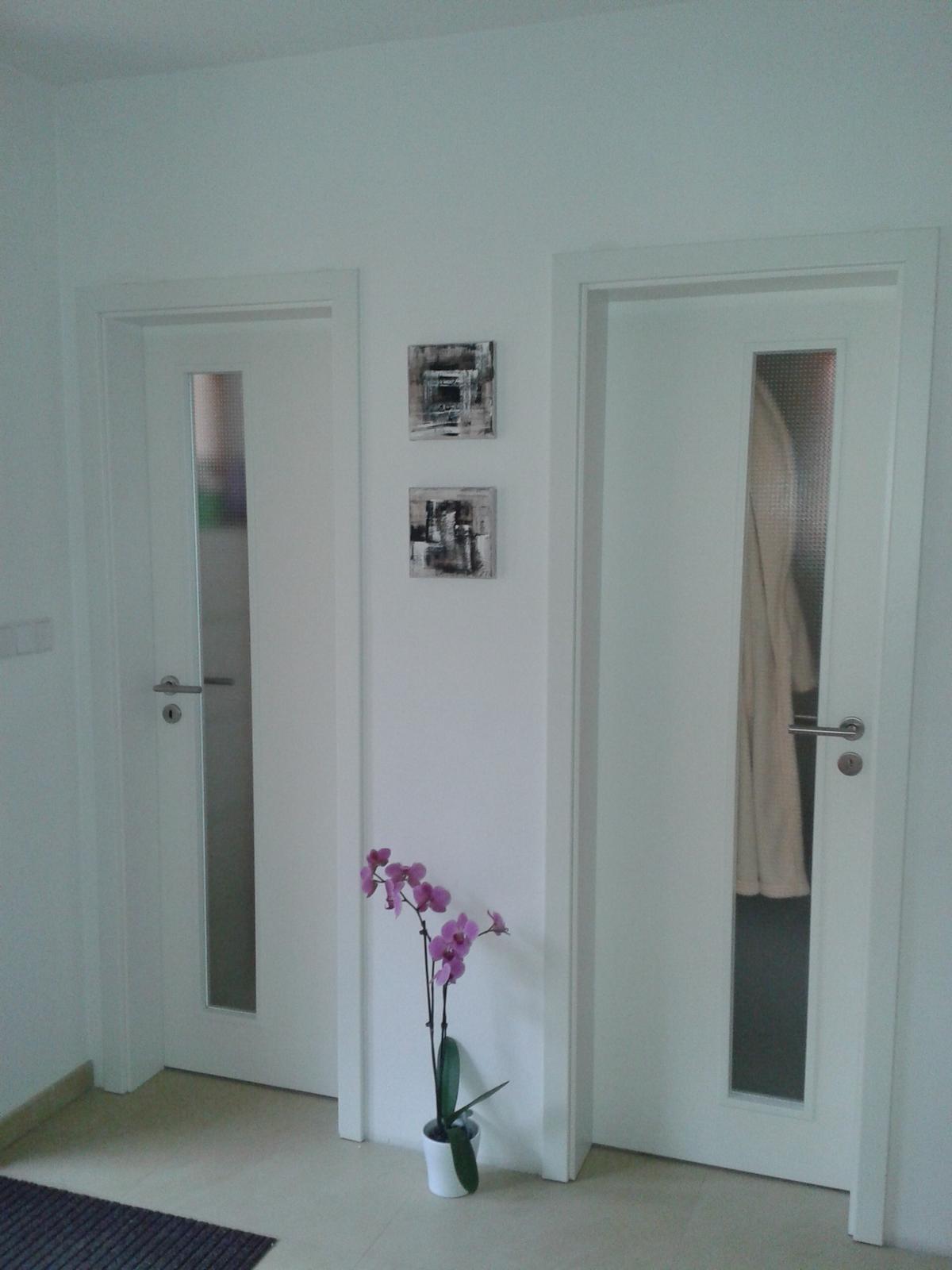 Mé obrazy v interiérech - Obrázek č. 18