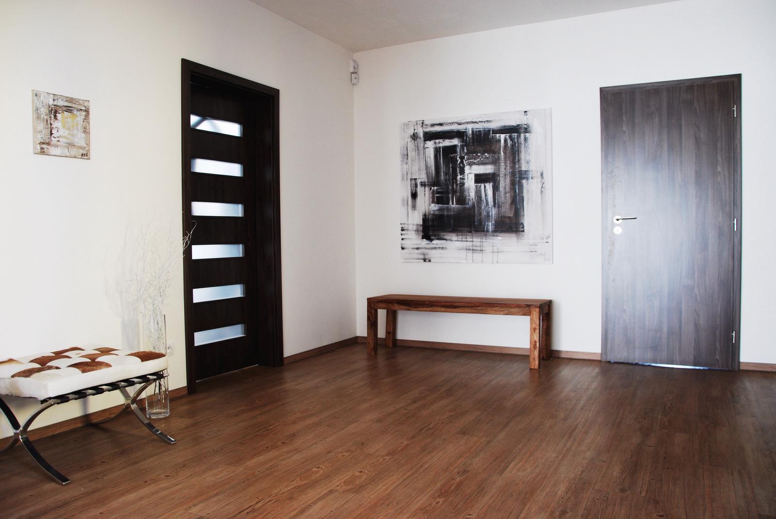 Mé obrazy v interiérech - Obrázek č. 21