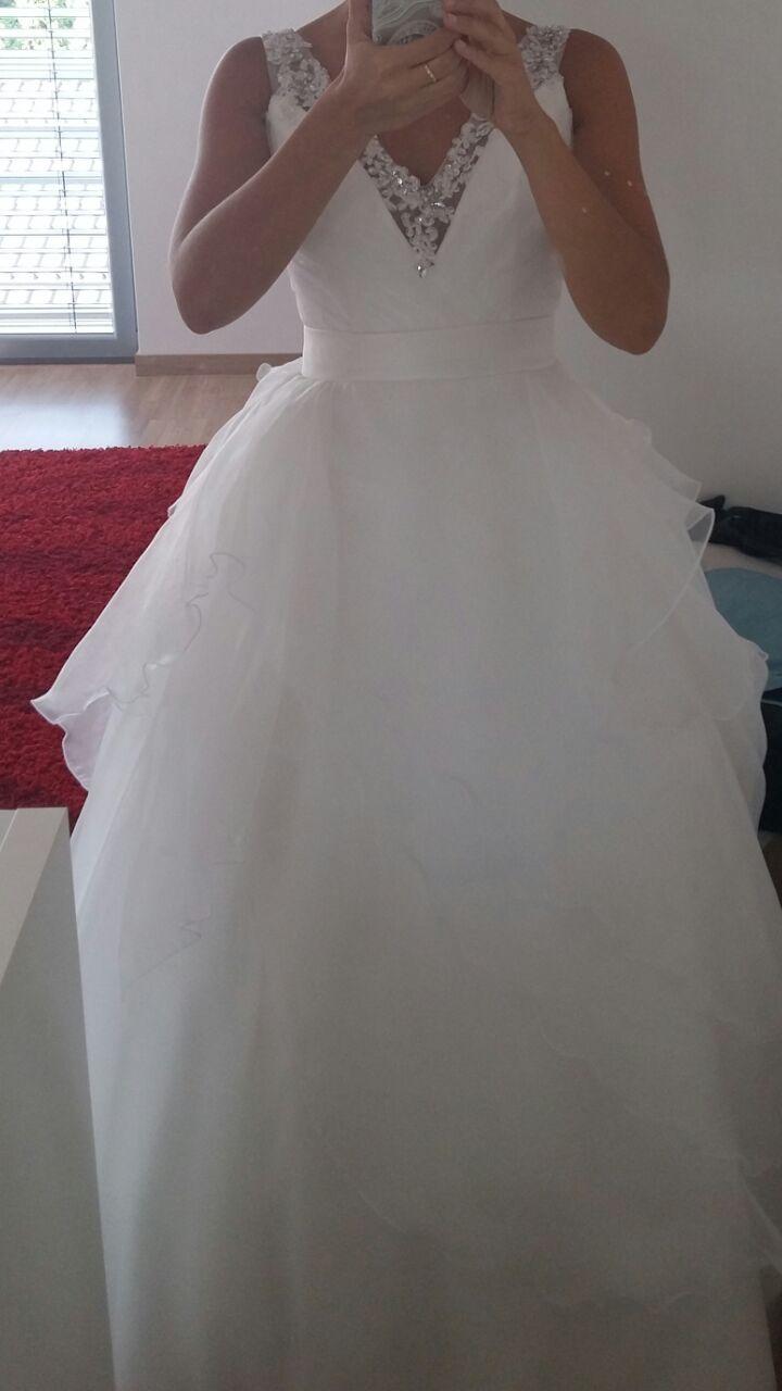 netypicke svadobne saty - Obrázok č. 2