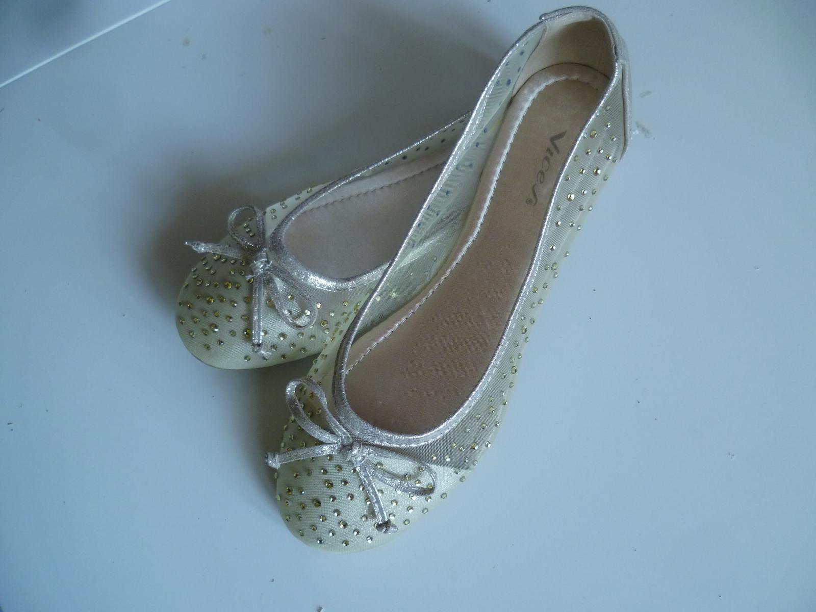 Svatební boty baleríny balerínky zlaté s kamínky - Obrázek č. 1
