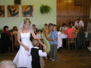 Nevěsta tančí