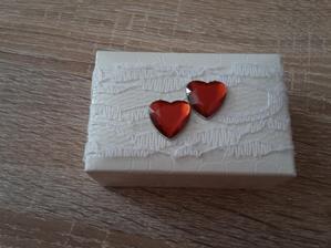trosku skraslena krabička na obrúčky ❤