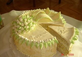 Tento dort dělala kamarádka ale jsem také cukrářka tak si ho udělám sama stejně tak jako koláčky a vše co k tomu patří
