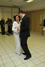 ..prvy tanec sme si zabudli nacvicit... :)