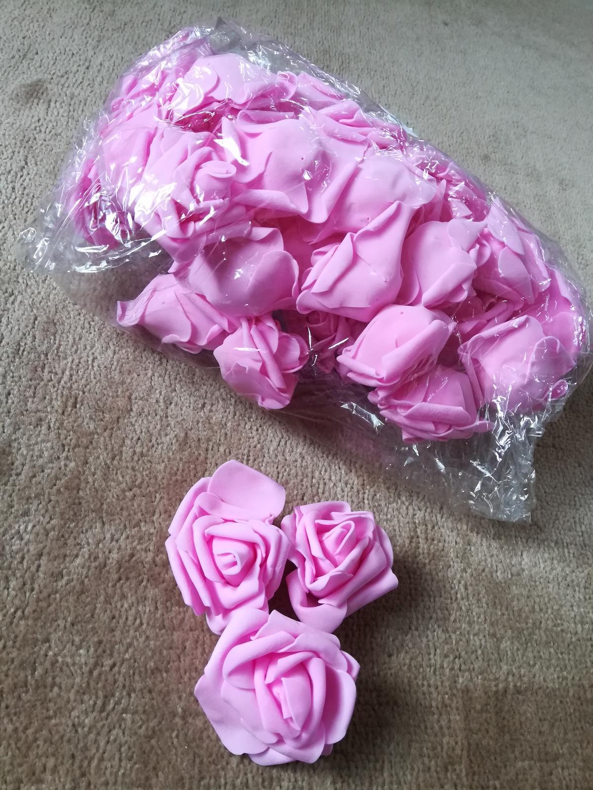 Pěnový květ růže 50 ks - růžová - Obrázek č. 2