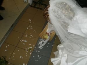 tanier dali rozbiť mne!!! a bol dezertný...takto to dopadlo :))