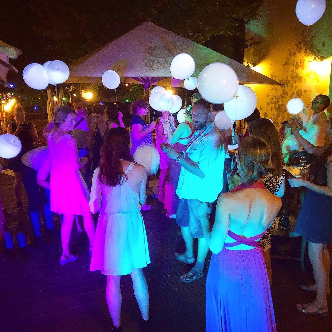 ozzby - Balonkový tanec