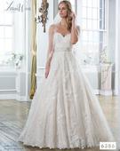 Svadobné šaty Lillian West, 38