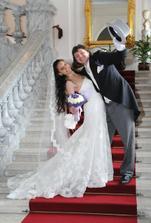 Uvítání na zámeckých schodech