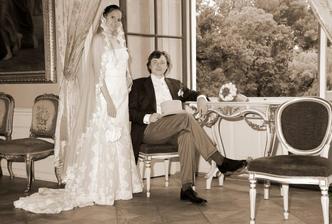 Seznamte se - pan a paní Vařechovi na svém letním sídle :-)