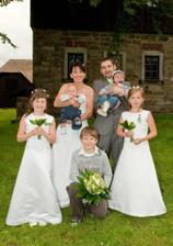 Svatebčánci a svatebčanky, prostě sluníčka...