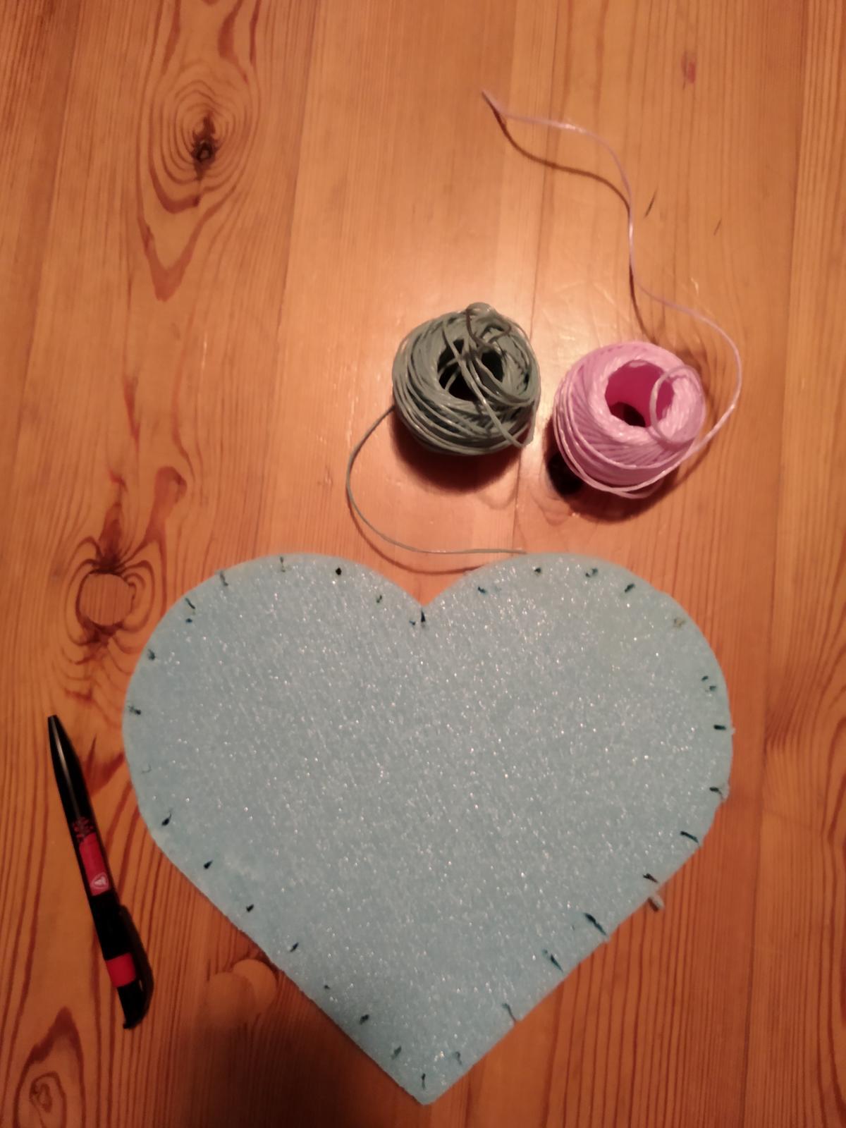 Srdce + růžový a modrý provázek - Obrázek č. 1