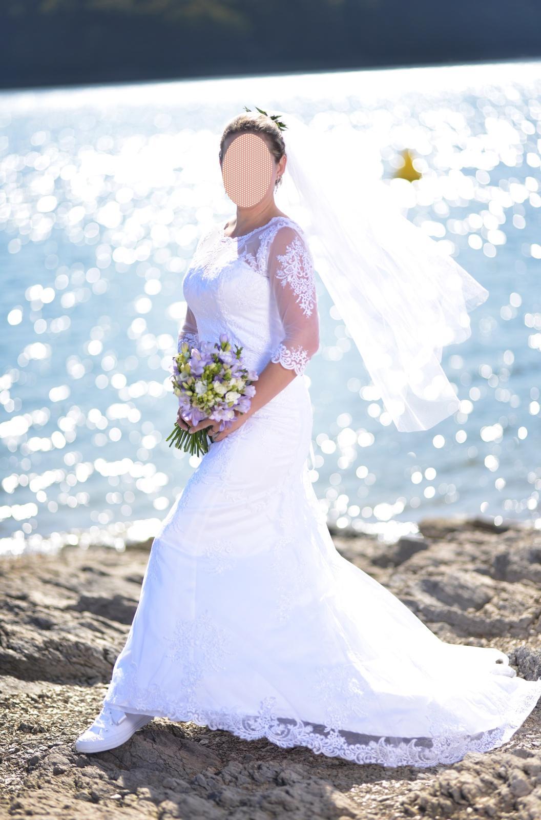 Krajkové šaty s 3/4 rukávem, vel. 36-38 - Obrázek č. 2