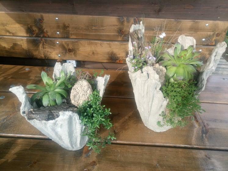 kvetináč kruhový s dekoráciou - Obrázok č. 1