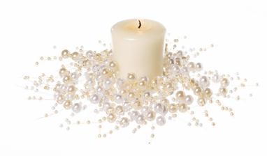 svícny nazdobíme perličkami..