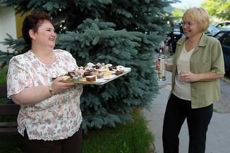 moje zlate tety susedky, pomahali maminke s kolacikmi