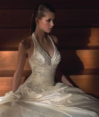 Prípravy na svadbičku - moje šatočky....vysnívanéee