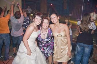 Z únosu nevěsty...