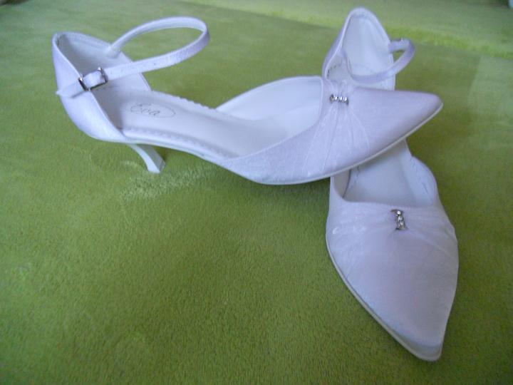Čo sa mi páči a čo už máme - moje svadobne topanky
