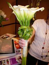 niečo také plus tulipany alebo ruže...