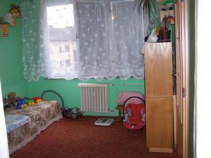 a máme dvě místnosti, pokojíček