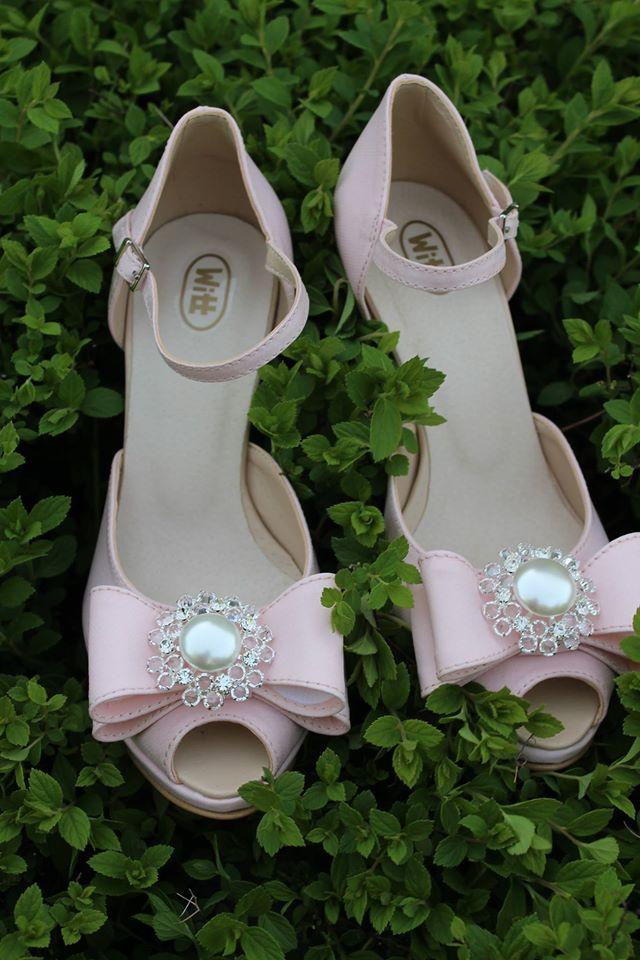 Aj takto nejako môžu vyzerať vaše topánočky šite len a len pre Vás !!!! Budte aj vy ta ktorá bude mať svoj originál navrhnutí Vami - Obrázok č. 16