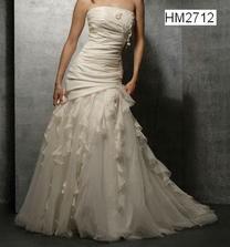 mé svatební šaty,zamilovala jsem se do nich na první pohled