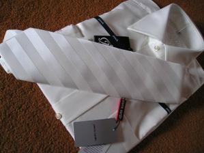 Kravata pre ženícha (od aktak)