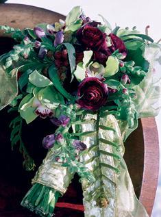 Extravagantne kytice a pierka - Obrázok č. 9