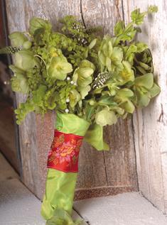 Extravagantne kytice a pierka - Obrázok č. 17