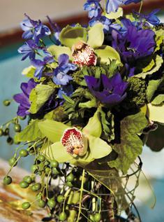Extravagantne kytice a pierka - Obrázok č. 21