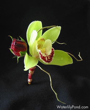 Extravagantne kytice a pierka - Obrázok č. 42
