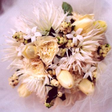 Extravagantne kytice a pierka - Obrázok č. 48