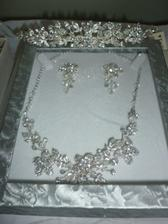 Jewellery with matching tiara