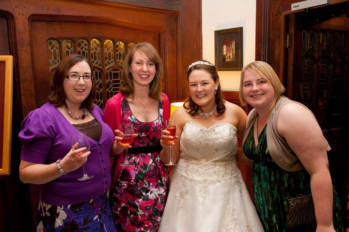 Chloé{{_AND_}}Steve - Me and my uni girls