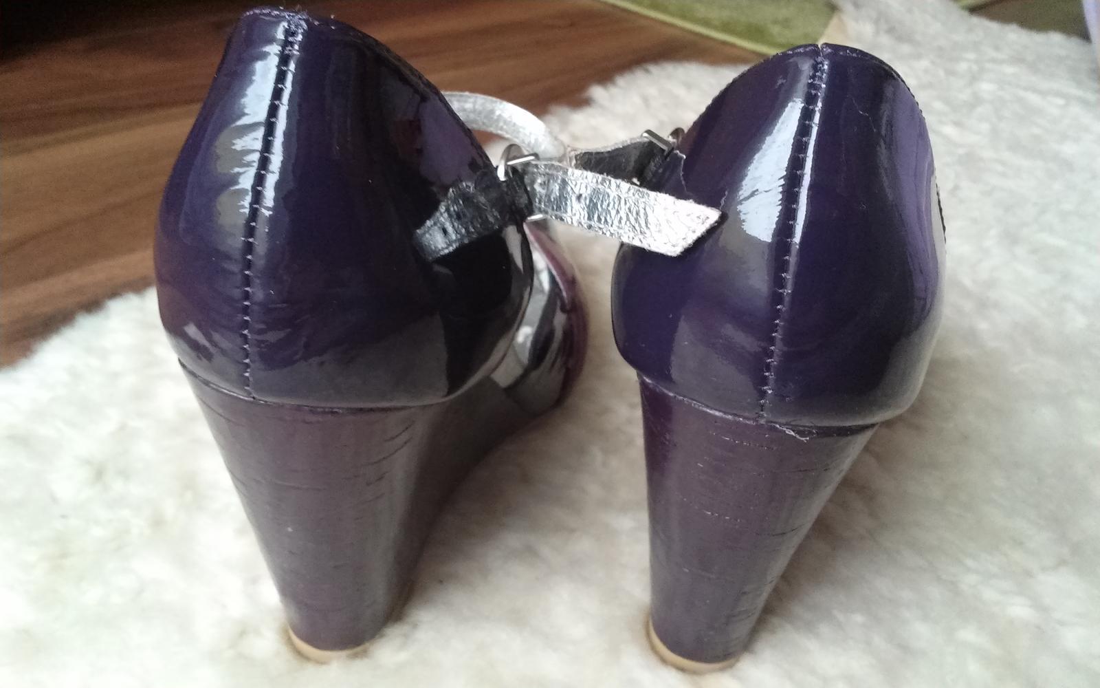 baťa-damske sandalky (38) - Obrázok č. 2