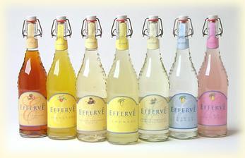 Barevné limonádky budou, i když ne v tak pěkném provedení .)