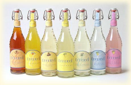 Naše malá puntíkovaná svatba - Barevné limonádky budou, i když ne v tak pěkném provedení .)