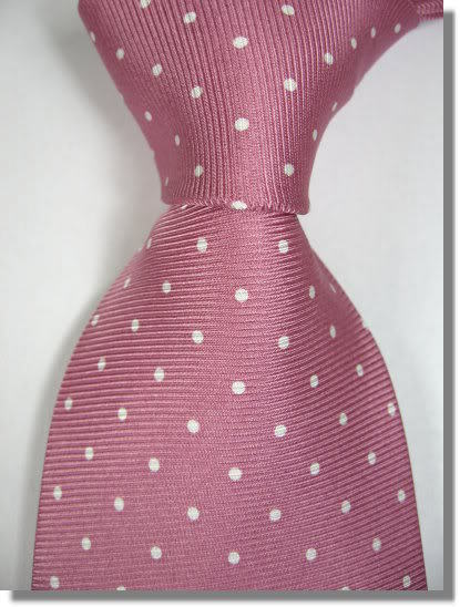 Naše malá puntíkovaná svatba - takovou kravatu už má ženich doma - objednána z www.ebay.co.uk
