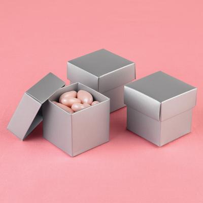 Vive la France - co již máme/budeme mít - Koupeny takovéto krabičky (větší) - rozměr 10x10x10cm
