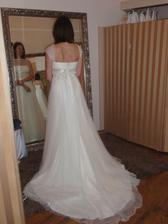 Vybrané svatební šaty na mně