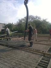 zalievanie základovej platne 5.5.2012