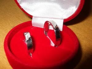 snubní prsteny - konečně dorazily