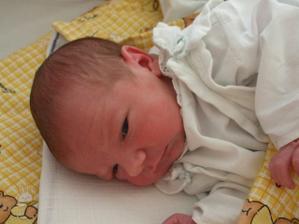 a tohle zlatíčko, co se nám narodilo 25.9.2008 nám začíná další krásnou pohádku