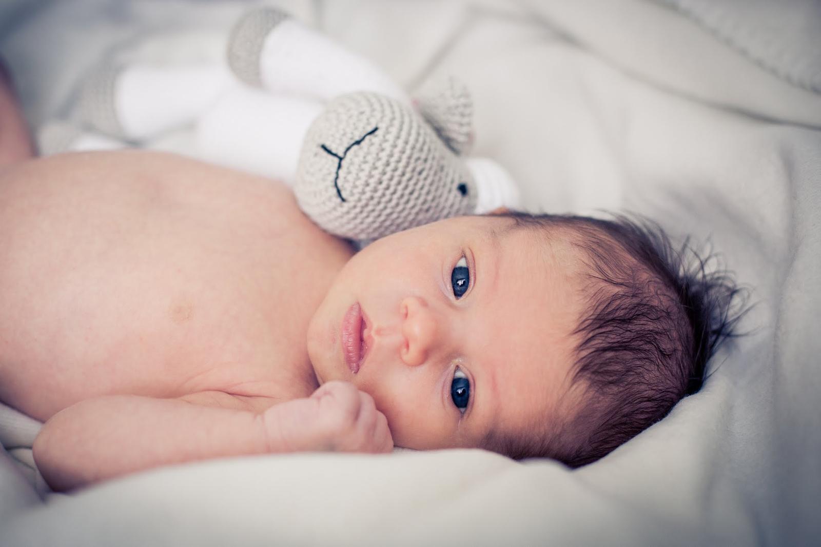 Soňka{{_AND_}}Tom - Naše Debí :-) Narodila se 6.1.2014 s mírami 3.310 g a 50 cm :-)