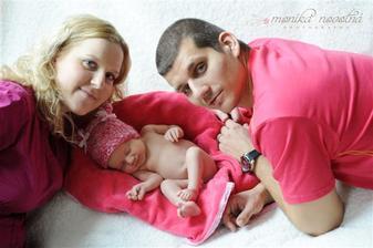 Naše štěstíčko... Anička narozená 11.3. 2013 přesně 3kg a 48cm :-)
